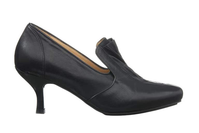 Lorie Pumps i sort med draperet effekt fra Barbro Shoes