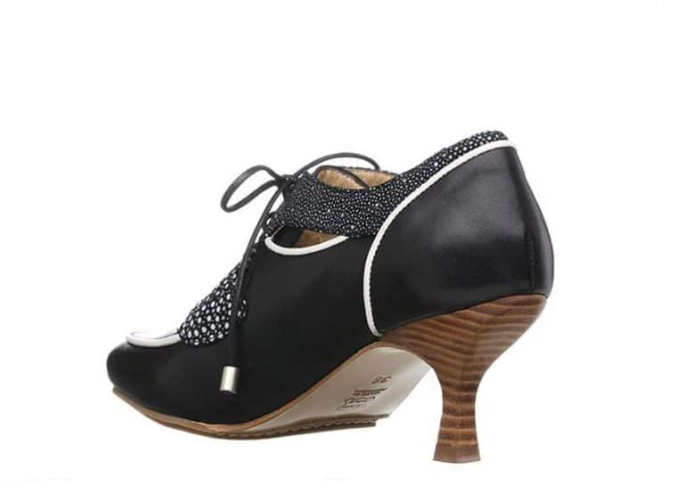 San Francisco pumps Sort med prikker fra Barbro Shoes 3