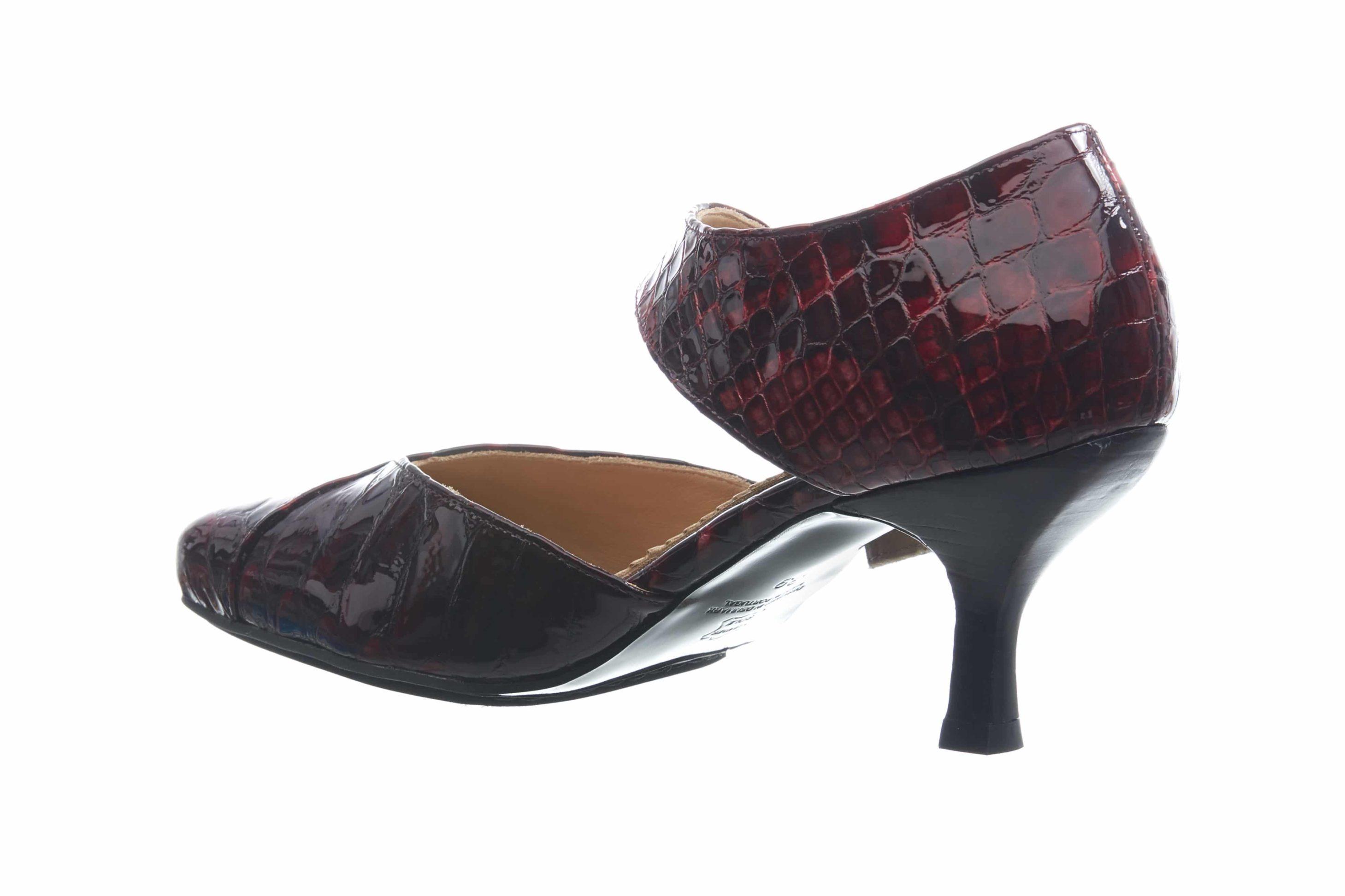 BARBRO-Shoes-pumps-vin-rød-bag