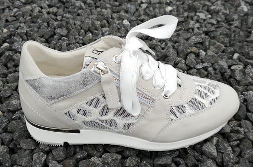 Sneakers Dlsport lyse toner